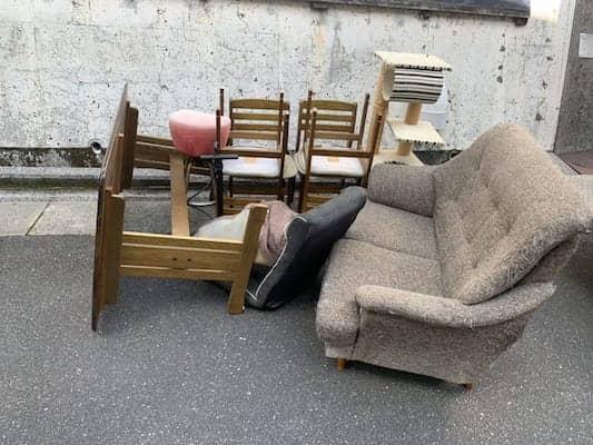 広島県広島市西区の不用品回収前画像