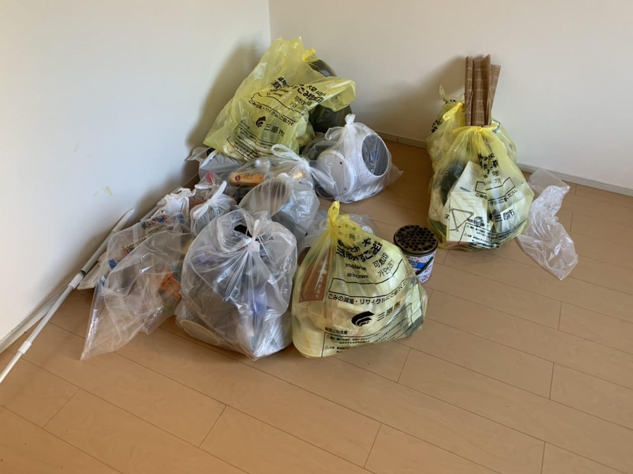 不燃ゴミ回収前の画像