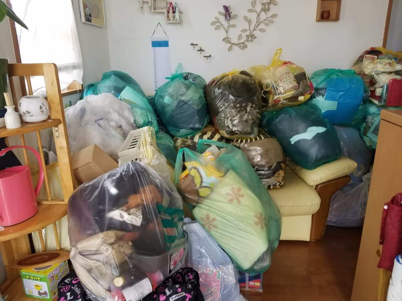 大分県佐伯市周辺不用品回収前画像