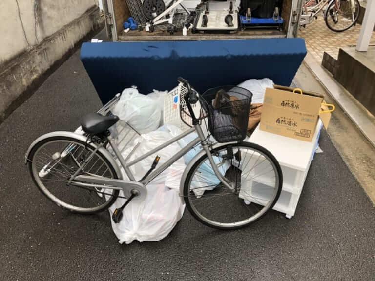大阪府茨木市不用品回収前画像