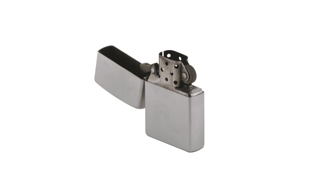 金属製ガスライターのガス抜きの手順